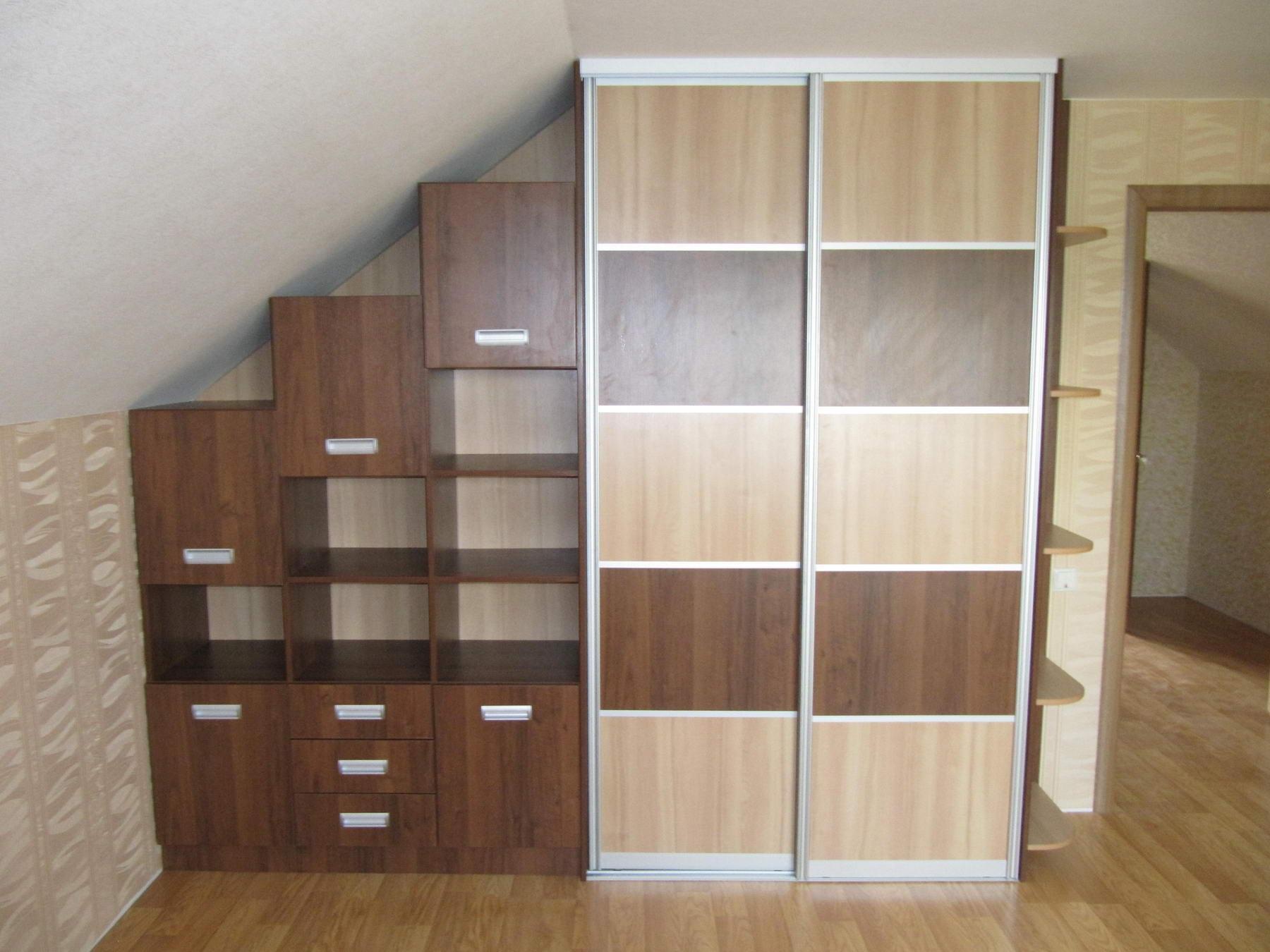 постройка шкафа в углу