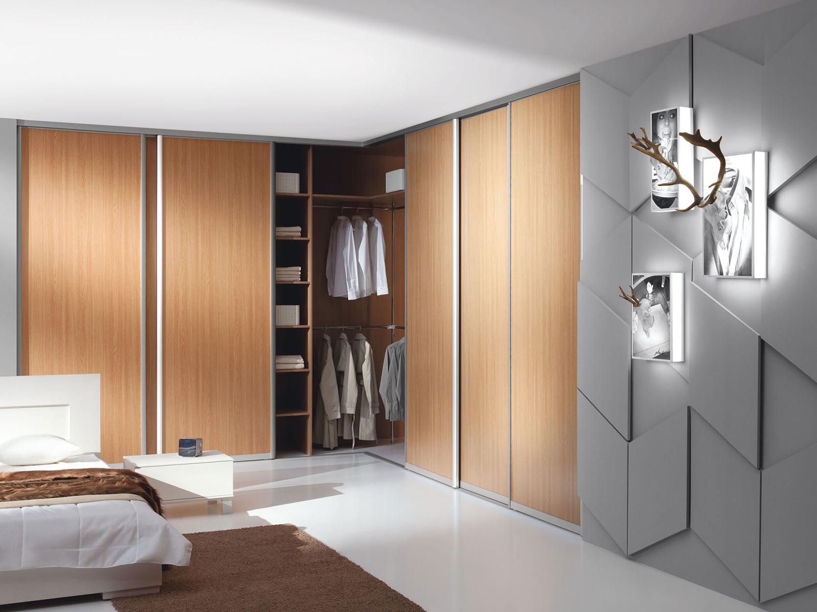 Встроенный шкаф - максимальное использование пространства