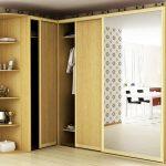 шкаф в угол желтый
