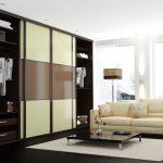 шкаф-купе с белым диваном