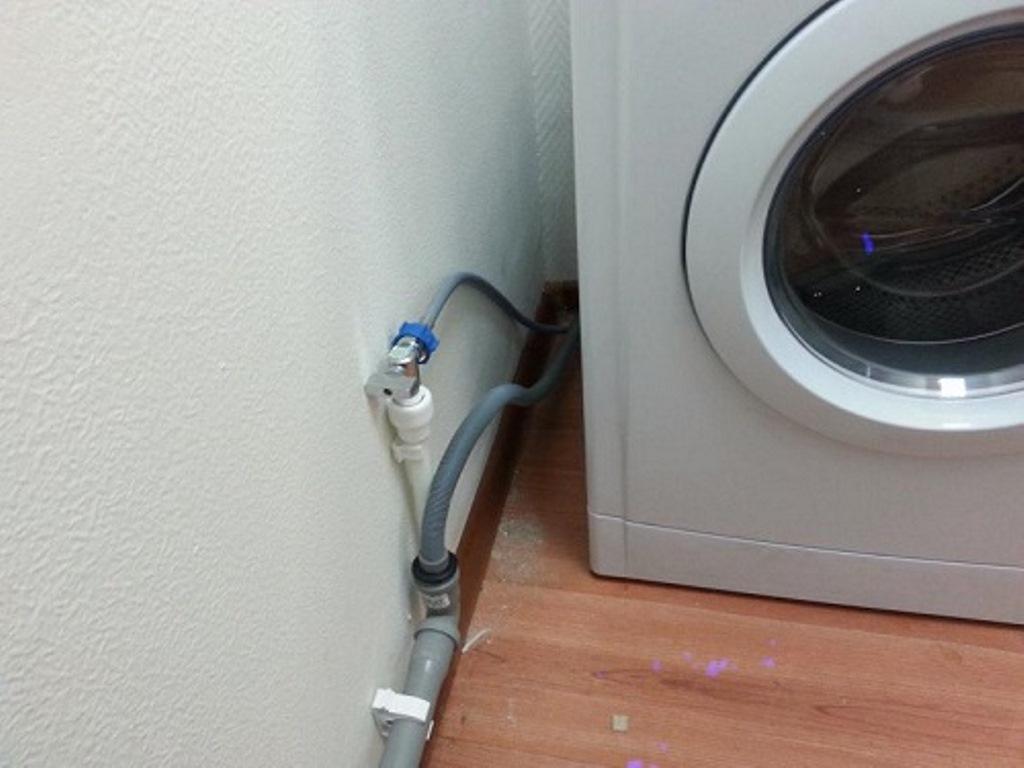 подключение шланга к канализации