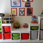 стеллаж для игрушек в детскую оформление