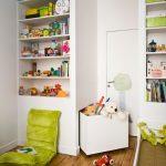 стеллаж для игрушек в детскую варианты идеи