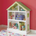 стеллаж для игрушек в детскую домик