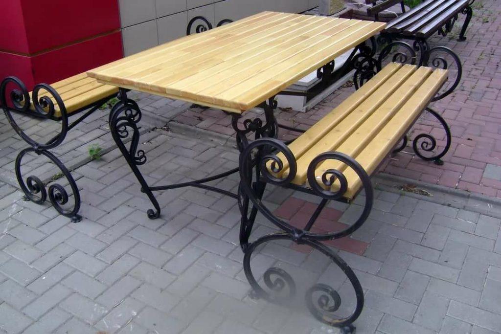 стол трансформер с кованными ножками