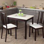 кухонный стол белый с коричневым