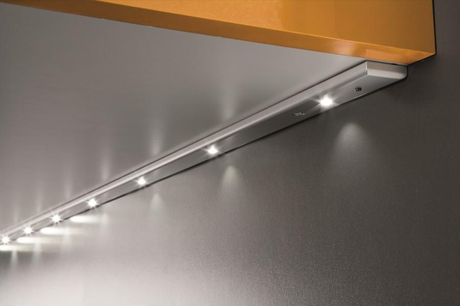 Встраиваемые мебельные светильники на диодах