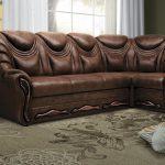 диван угловой коричневый кожаный