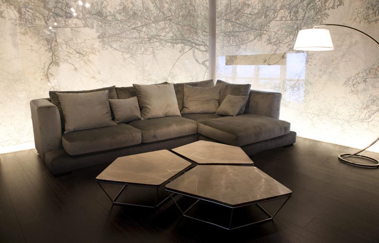 велюровый диван угловой
