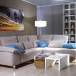 диван угловой с картиной