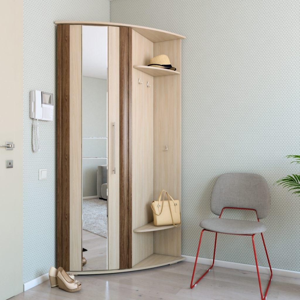 шкаф с маленьком помещении