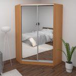 угловой шкаф деревянный с зеркалом