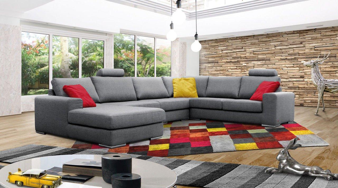 Декорируйте угловой диван