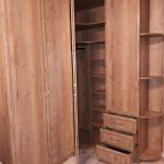 шкаф в прихожую деревянный