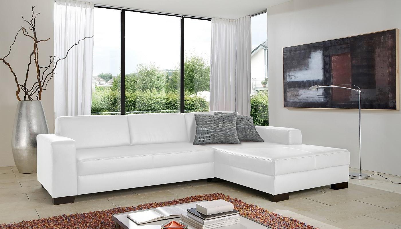 уход за белым диваном