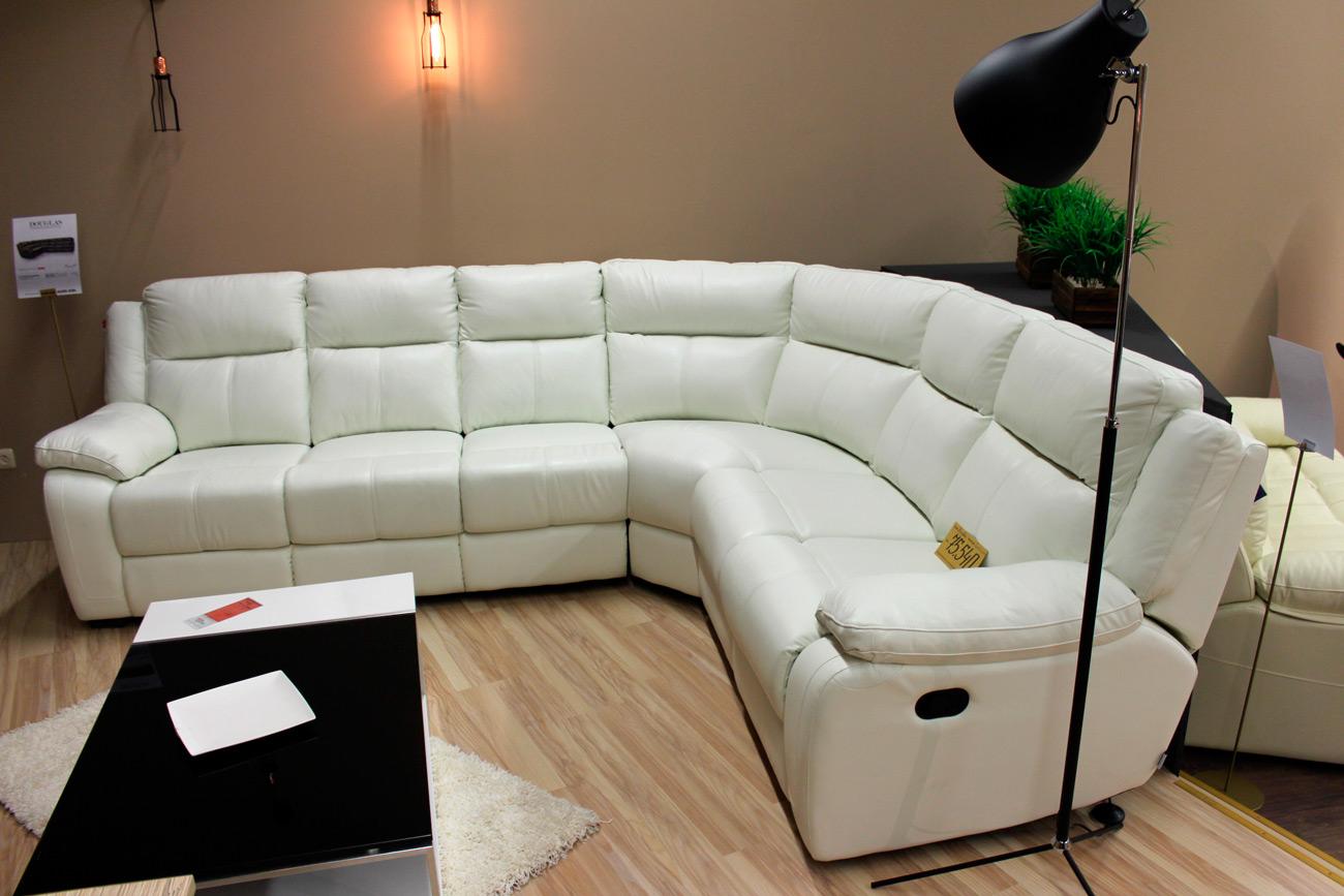 уход за белыми диванами