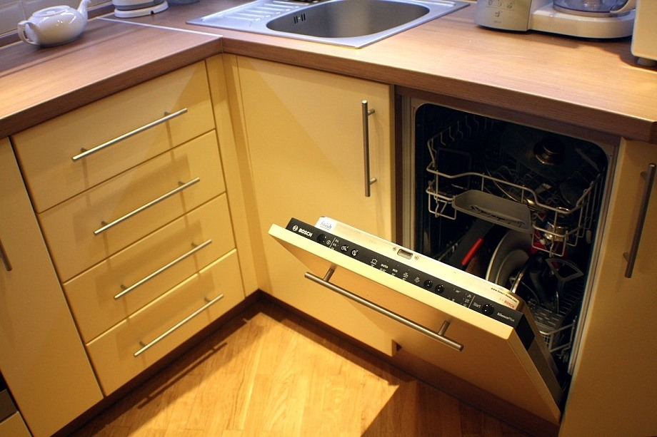 установка посудомоечной машины встроенной