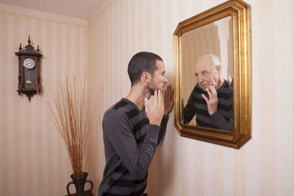 отображение в старых зеркалах