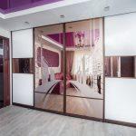 встроенный шкаф купе с натяжным потолком идеи дизайн