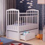 деревянная кровать для малыша