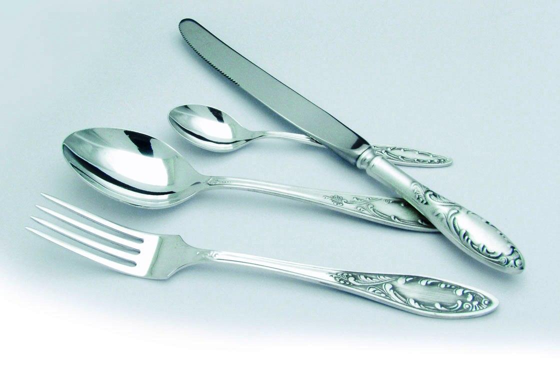 Чистку сервировочных наборов посуды