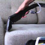 чистить диван