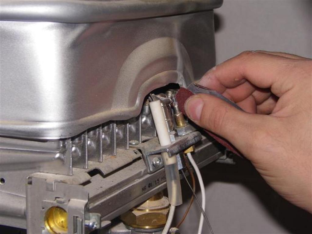 чистка газовой колонки дома