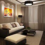 оранжевая картина над диваном