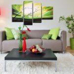 фотообои над диваном