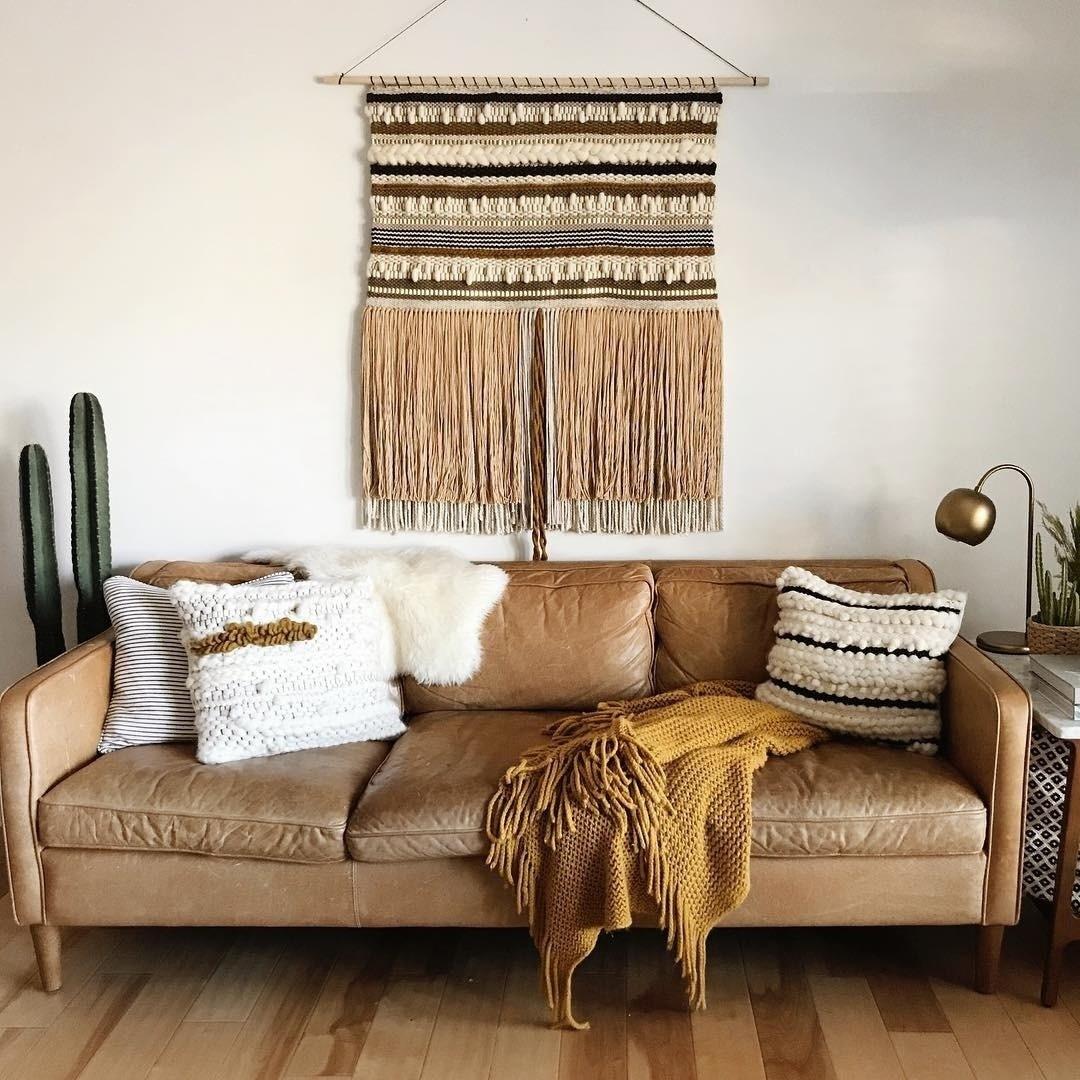 диван-центральный элемент гостиной