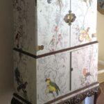 декупаж шкафа белый с птицами