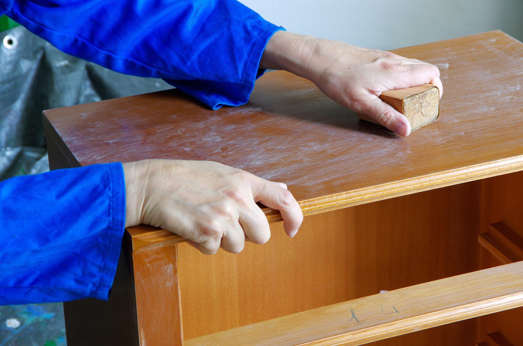 ошкуривание шкафа