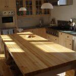 деревянная столешница для кухни фото оформление