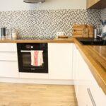 деревянная столешница для кухни фото дизайна