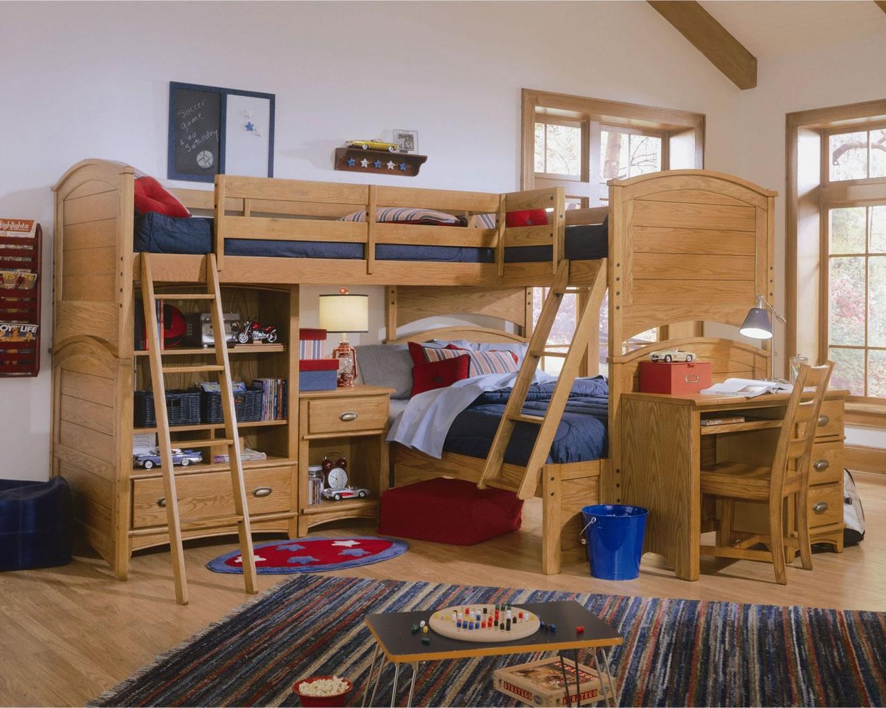деревянная кровать для троих детей