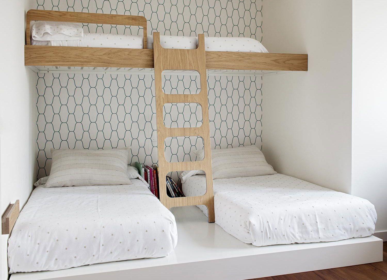 кровать для троих детей в скандинавском стиле