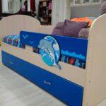 детская кровать дельфин интерьер фото