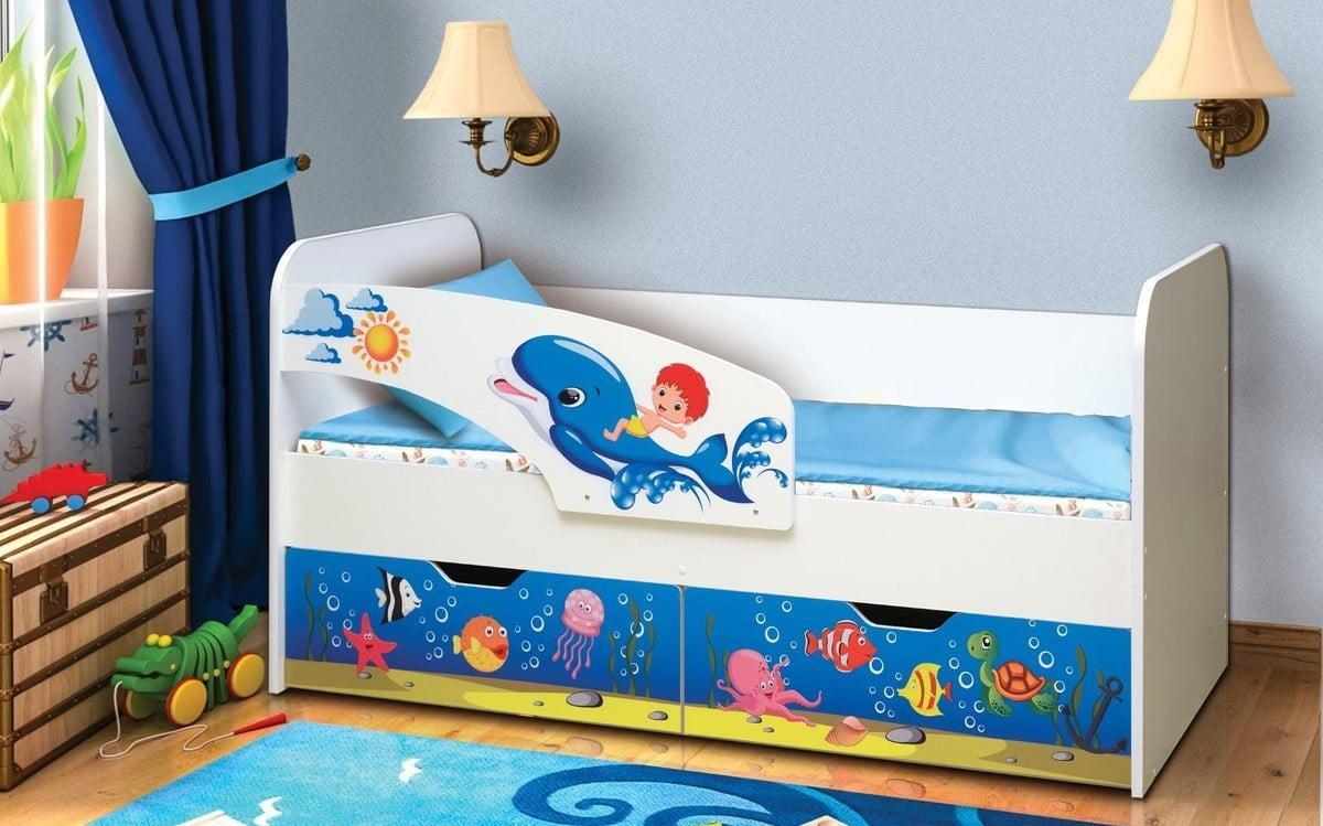 детская кровать дельфин с рисунком