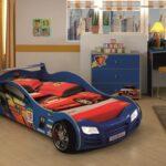 детская кровать-машина с матрасом