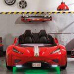 детская кровать-машина красная с зеленым
