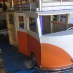 детская кровать-машина оранжевая