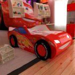 детская кровать-машина красная легкоая
