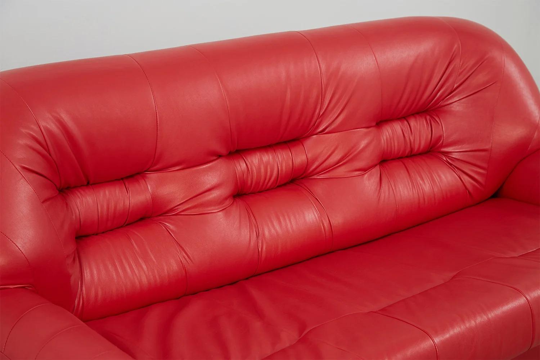диван из экокожи