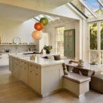 диван на кухне виды оформления