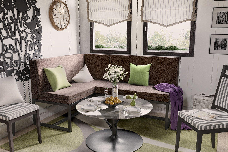 диван на кухне у окна