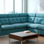 угловой диван в магазине