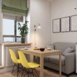 кухня с серым диваном