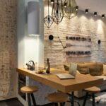 кухня кирпичная с диваном