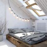 кровать в спальне аренда