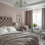 кровать в спальне продажа